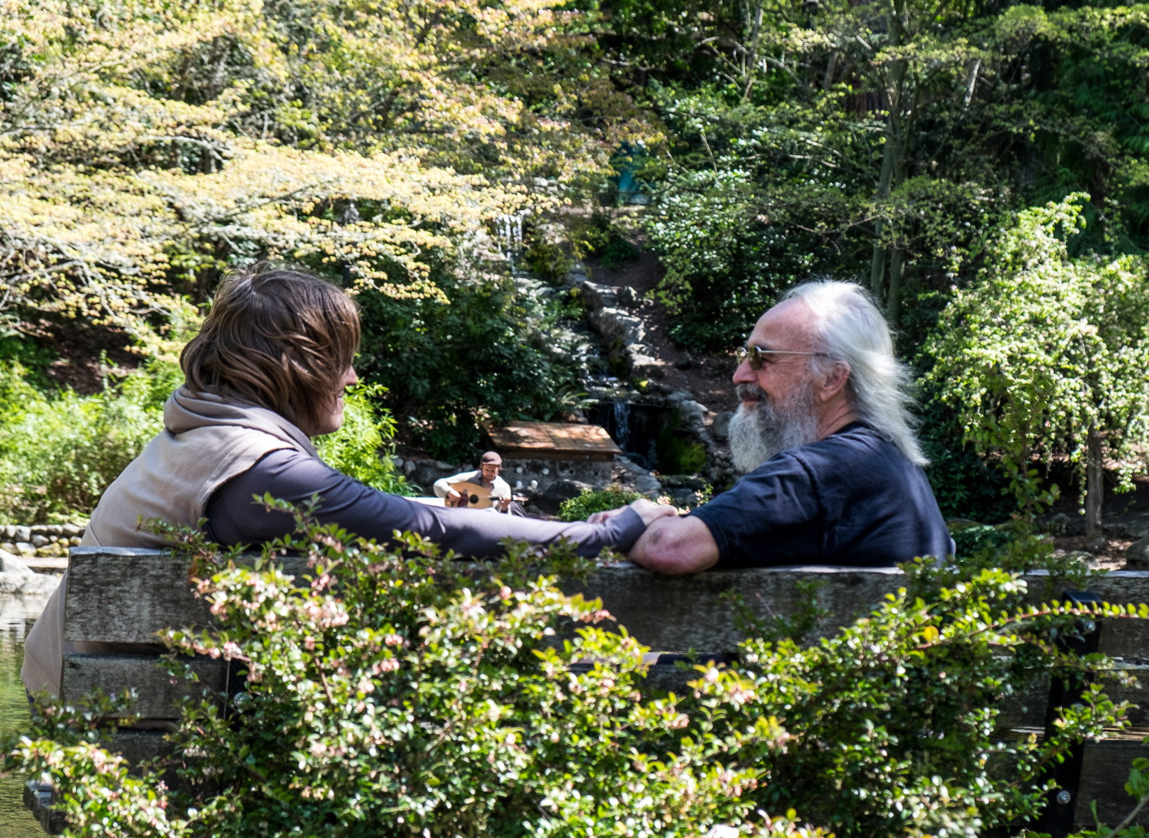 Romantic Couple Ashland's Lithia Park